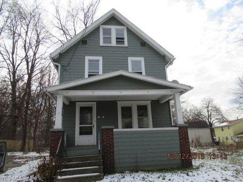 Photo of 236 Cranz Pl, Akron, OH 44310