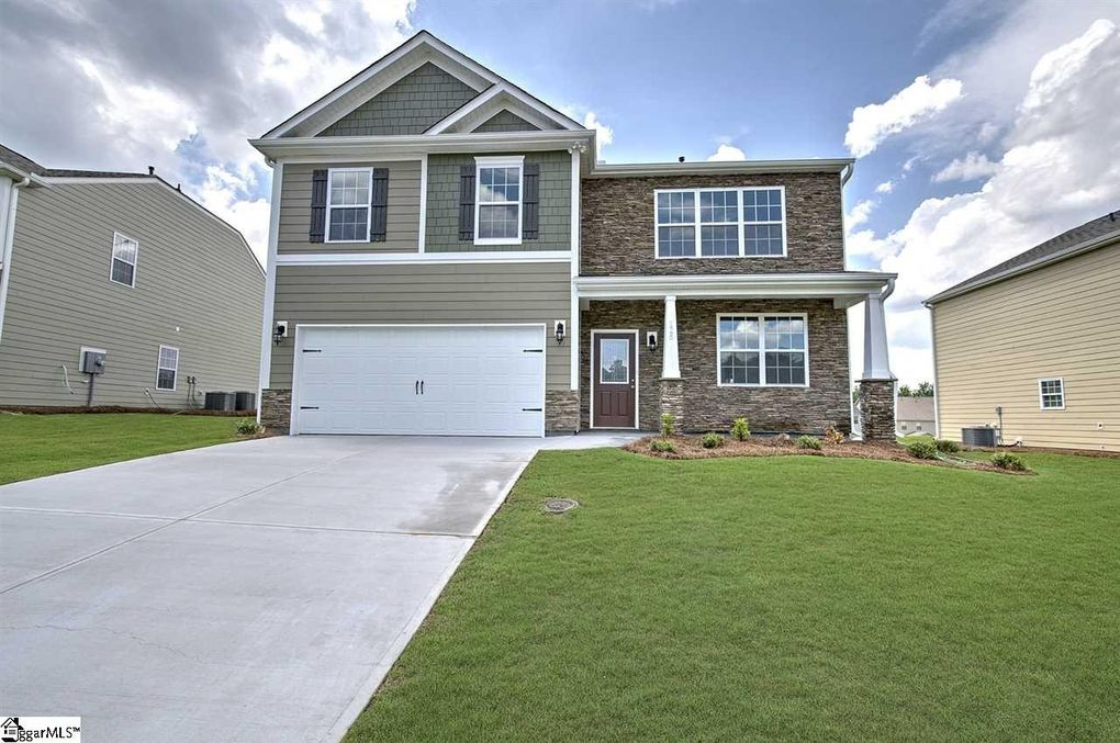 125 Lake Grove Rd, Simpsonville, SC 29681