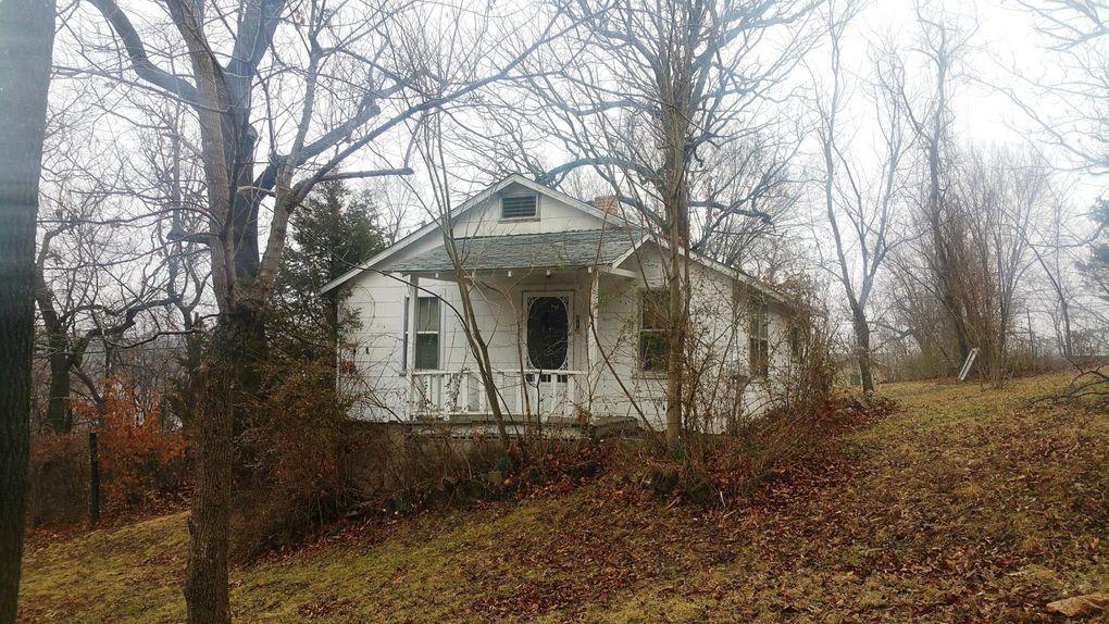 213 E South Ave, Harrison, AR 72601