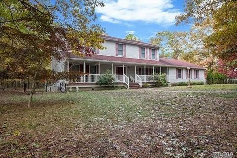 Photo of 144 Natures Ln, Miller Place, NY 11764