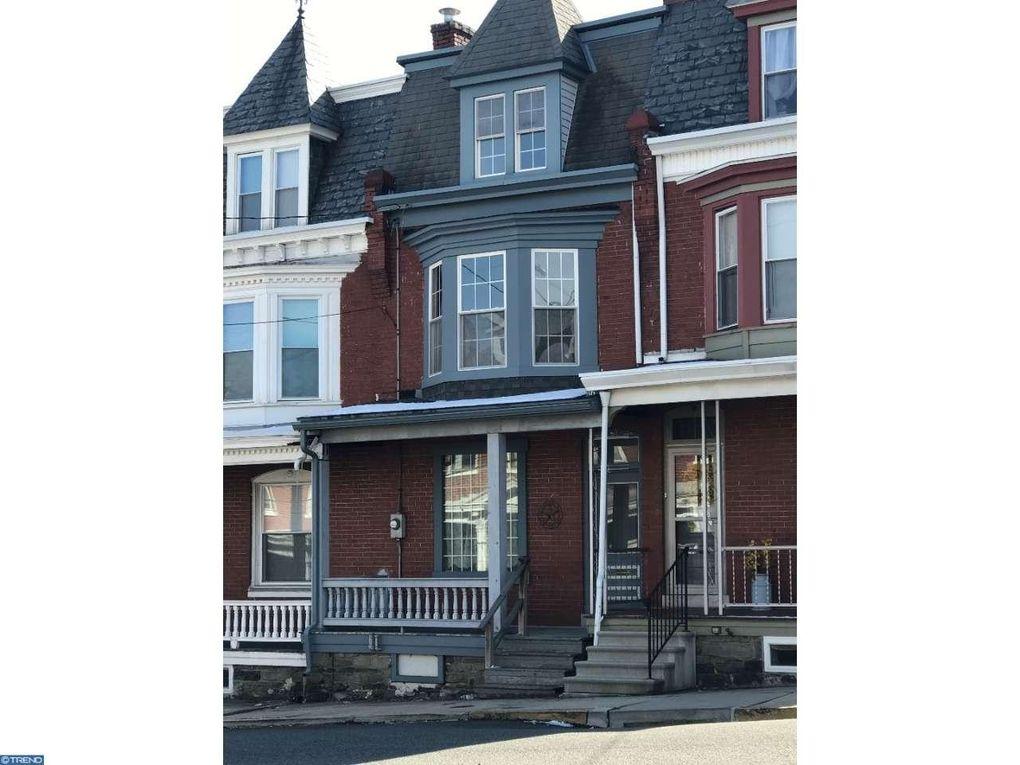 16 E 4th St, Boyertown, PA 19512 - realtor.com®