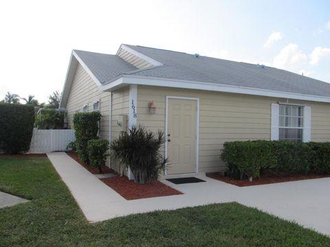 1618 Royal Forest Ct, West Palm Beach, FL 33406