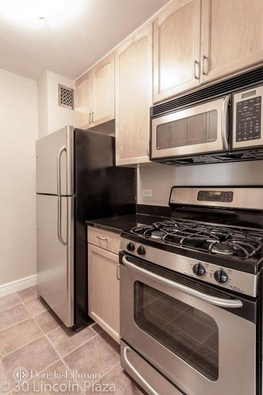 30 lincoln center plz k12 new york ny 10023 - Lincoln Center Kitchen