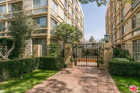 320 N Maple Dr Unit 301, Beverly Hills, CA 90210
