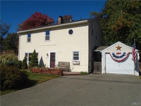 186 Wood Ave, Stratford, CT 06614