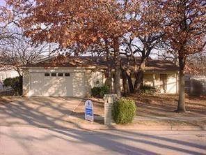3001 White Oak Ln, Bedford, TX 76021