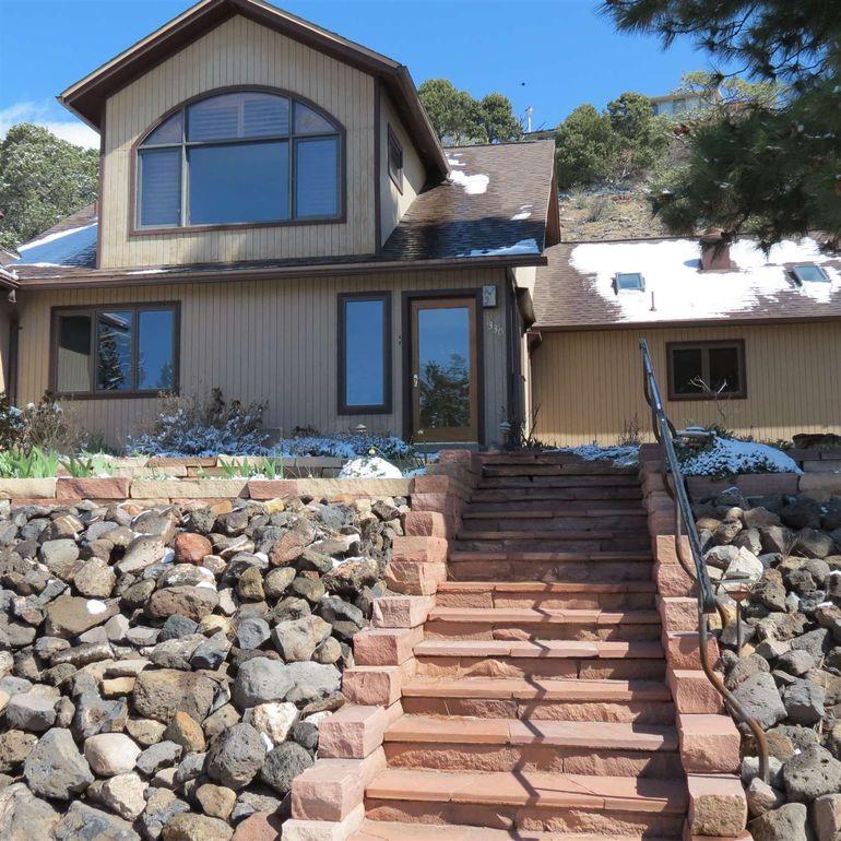 1330 Big Rock Loop Los Alamos, NM 87544