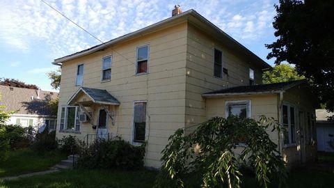 305 W Henry St, Mount Pleasant, IA 52641