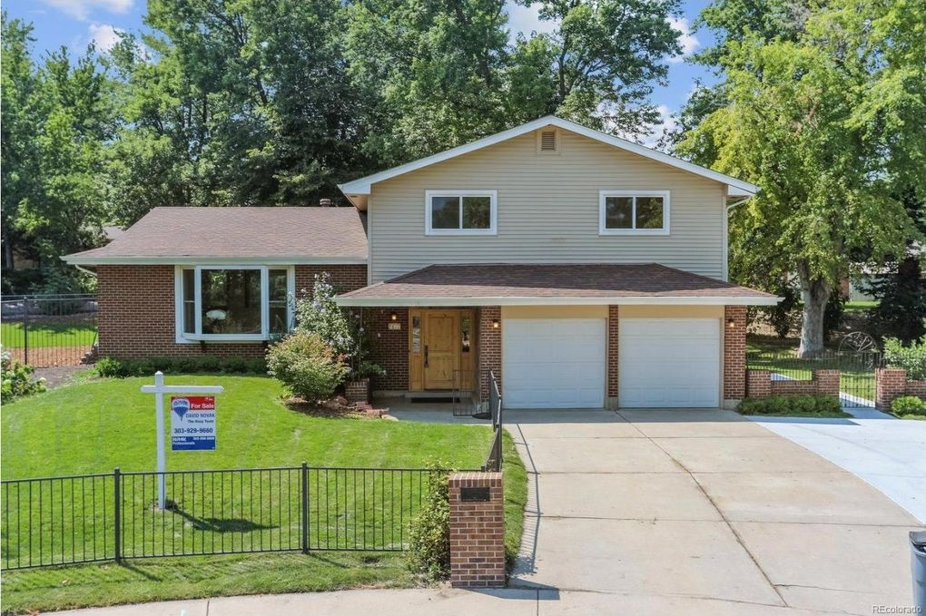 2177 S Dover Ct, Lakewood, CO 80227