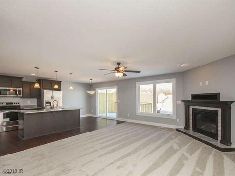 Photo of 400 S 8th Ct Unit 46, Indianola, IA 50125