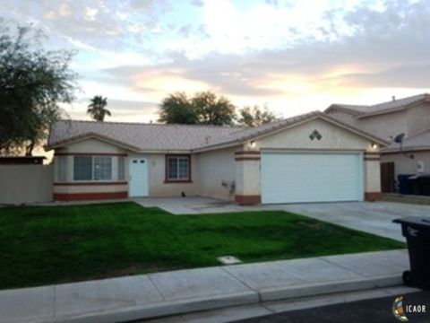 Photo of 668 Sequoia St, Imperial, CA 92251