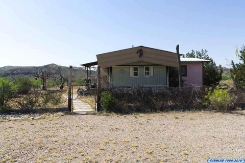 Photo of 42 Brown Ranch Rd, Redrock, NM 88055