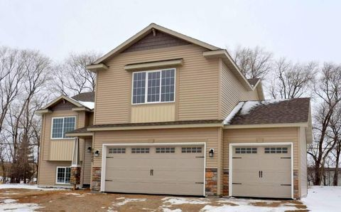 Photo of 7900 Trappers Ridge Dr, Clear Lake, MN 55319