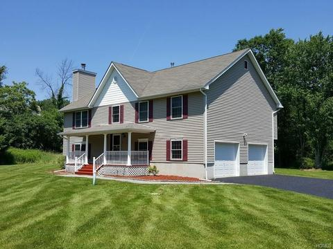 304 Temple Hill Rd, New Windsor, NY 12553