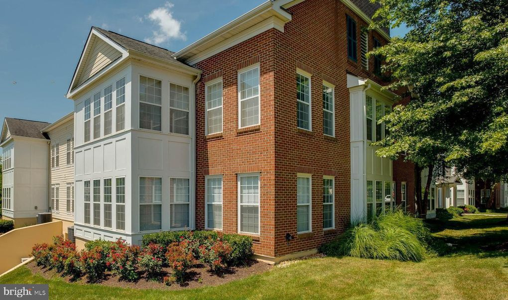 6696 Club House Ln Unit 112 Warrenton, VA 20187