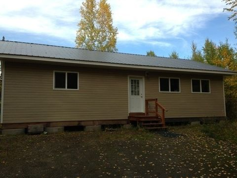 723 Barnum Dr, Fairbanks, AK 99712