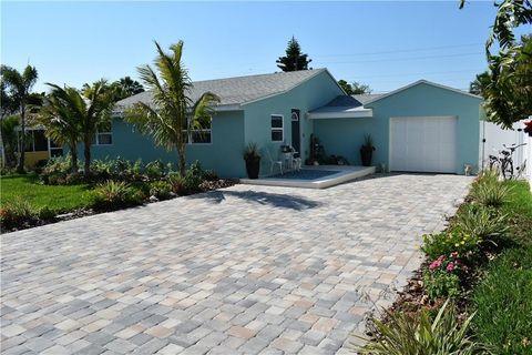 Photo of 427 79th Ave, Saint Pete Beach, FL 33706