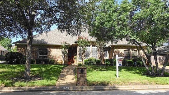 4206 Green Meadow St E Colleyville, TX 76034
