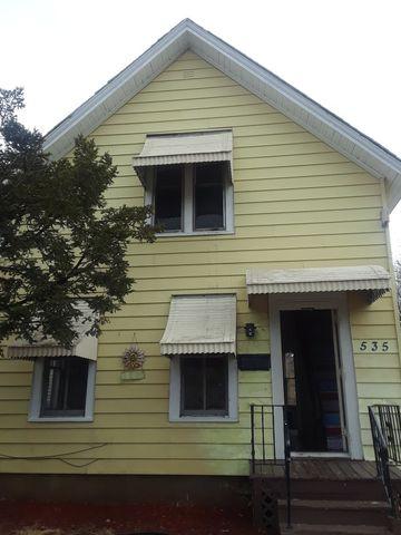 535 Grace St, Elgin, IL 60120
