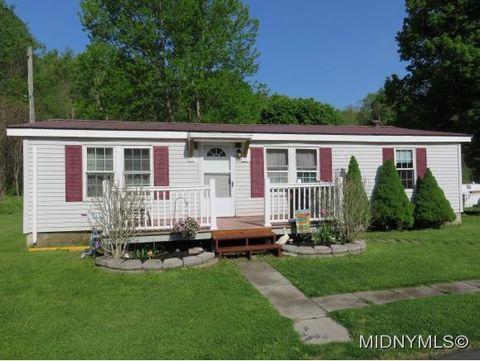 5599 Valley Rd, Oriskany, NY 13424
