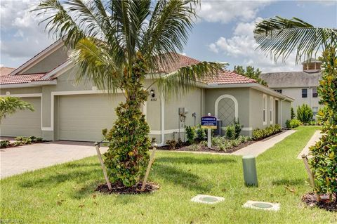 Photo of 4382 Dutchess Park Rd, Fort Myers, FL 33916
