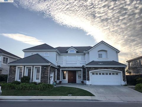 Photo of 6128 Bay Hill Ct, Dublin, CA 94568