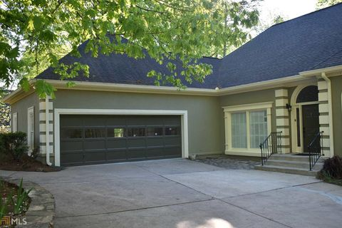 Photo of 397 Woodhaven Dr, Athens, GA 30606