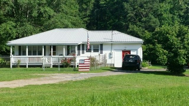 380 County Road 131, Roanoke, AL 36274