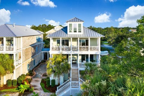 Wondrous Waterfront Homes For Sale In Wilmington Nc Realtor Com Home Interior And Landscaping Analalmasignezvosmurscom