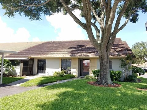 Villas Of Lake Arbor Clearwater Fl Real Estate Homes For Sale