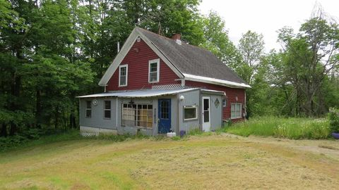 Photo of 1559 Route 103 Rte, Mount Holly, VT 05758
