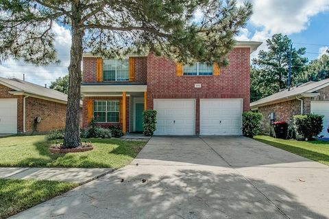 19310 Wading River Dr, Tomball, TX 77375