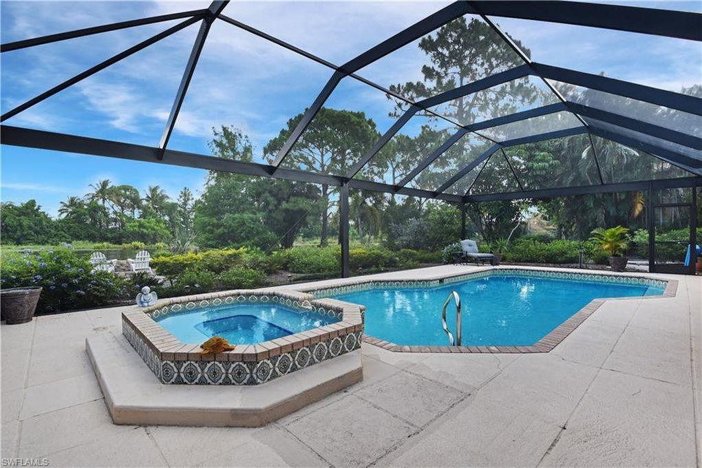 40 Timberland Cir N, Fort Myers, FL 33919