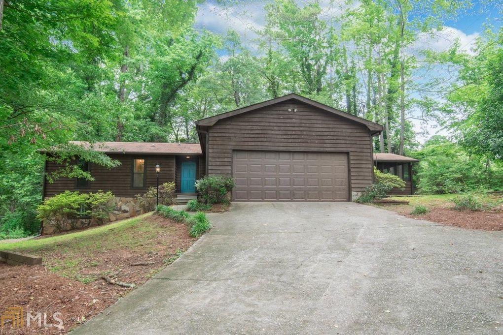 120 Pine St Fayetteville GA 30214