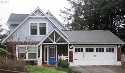 Photo of 2488 Ne 27th Dr, Lincoln City, OR 97367
