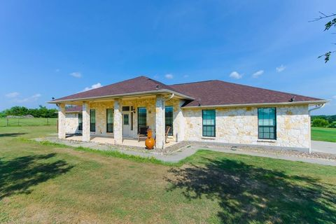 Photo of 162 Private Road 3003, Beeville, TX 78102