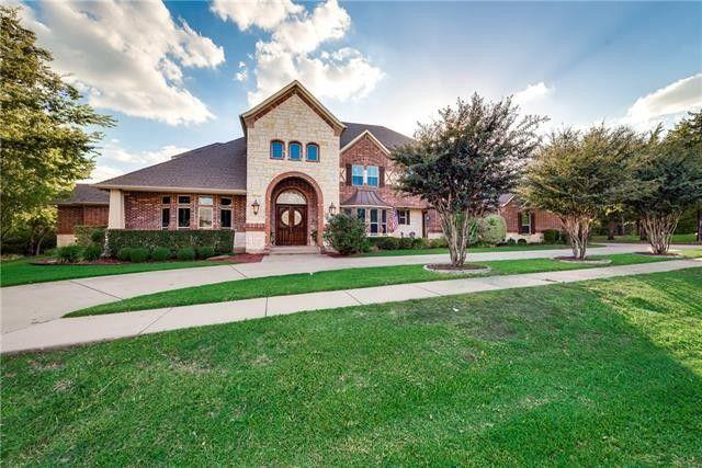 Amazing 312 N Terrace Ln, Cedar Hill, TX 75104