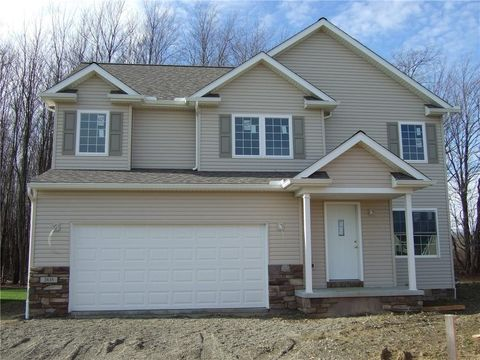 2835 Dorn Rd Unit 69, Waterford, PA 16441