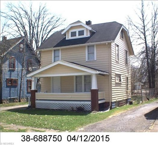 2506 Milton St Se, Warren, OH 44484