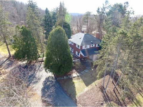 Photo of 1 Fuller Hollow Rd, Binghamton, NY 13903