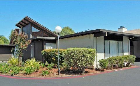 17 Cassandra Way, Mountain View, CA 94043