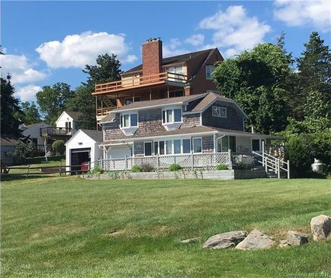 672 Mulberry Point Rd, Guilford, CT 06437