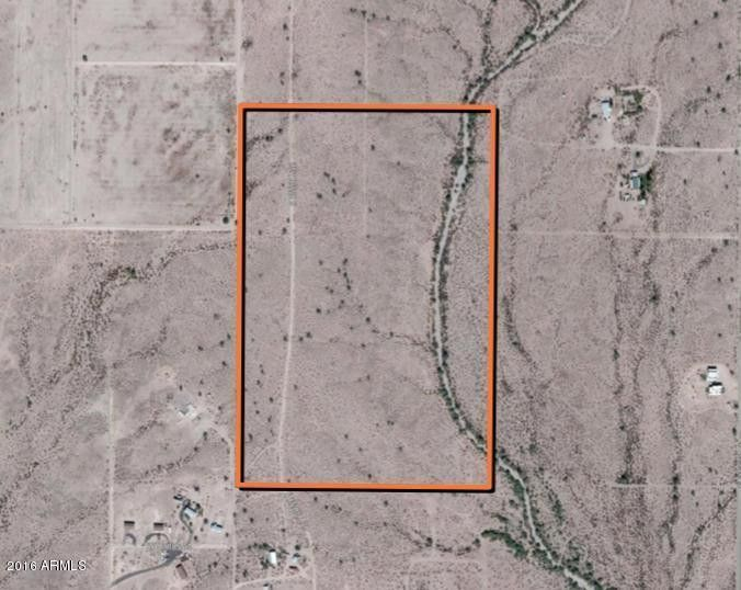 W Buckeye Rd, Tonopah, AZ 85354