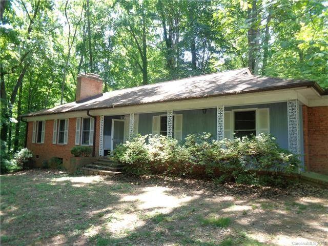 634 Grandview Dr Ne, Concord, NC 28025