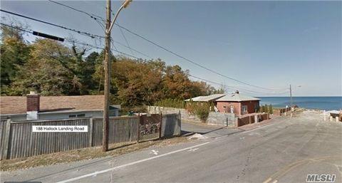 Photo of 188 Hallock Landing Rd, Rocky Point, NY 11778