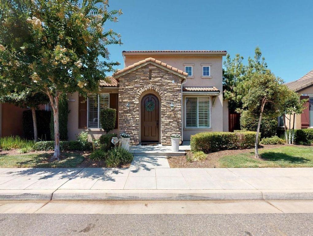 3833 Heritage Ave Clovis, CA 93619