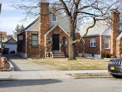 Photo of 151-47 11 Ave, Whitestone, NY 11357
