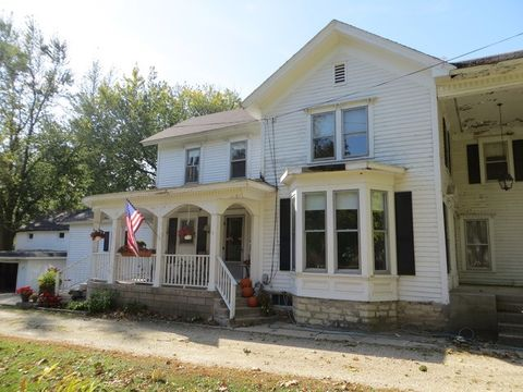 46 W747 Main St, Kaneville, IL 60144
