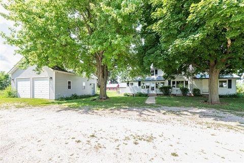 1600 N Lynnville Rd, Lindenwood, IL 61049