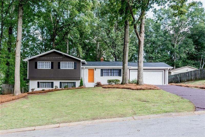 3834 Lynn Ln, Douglasville, GA 30135